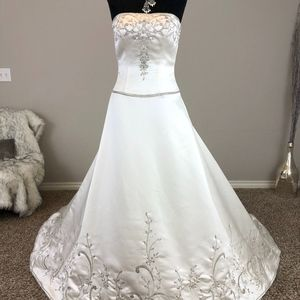 Casablanca Strapless White A-Line Wedding Dress